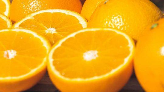 Warum sind Orangen effektiv gegen Verstopfung?