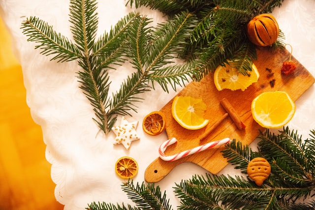 Dried oranges the latest trend in Christmas decoration 2020 - 2