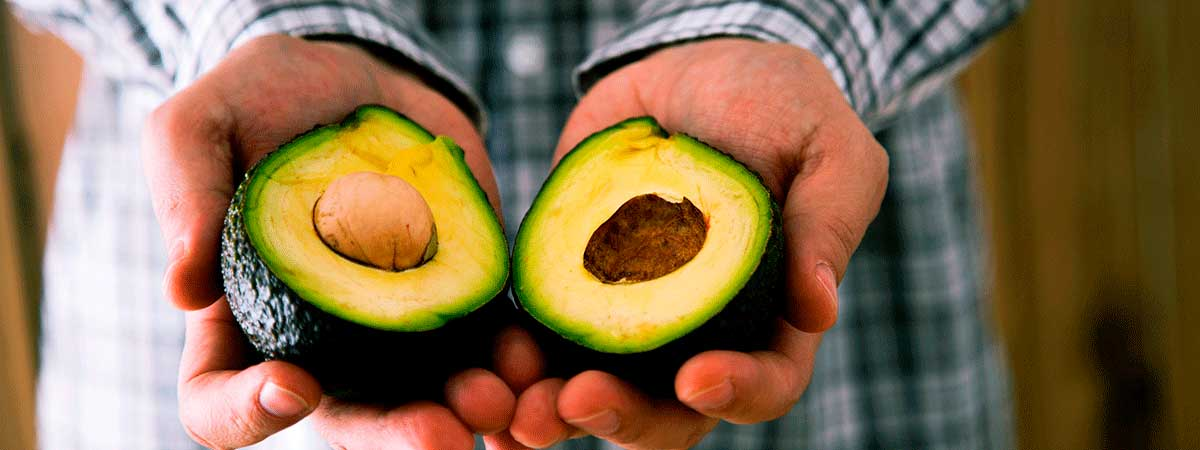 Factors to check if an avocado is ripe